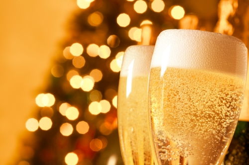 iStock_000014163835Small-holiday-champagne1
